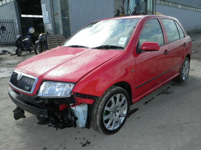 15985152_1X 2005 skoda fabia vrs breakers, skoda fabia parts, skoda fabia breaking where is the fuse box on a skoda fabia 2005 at readyjetset.co