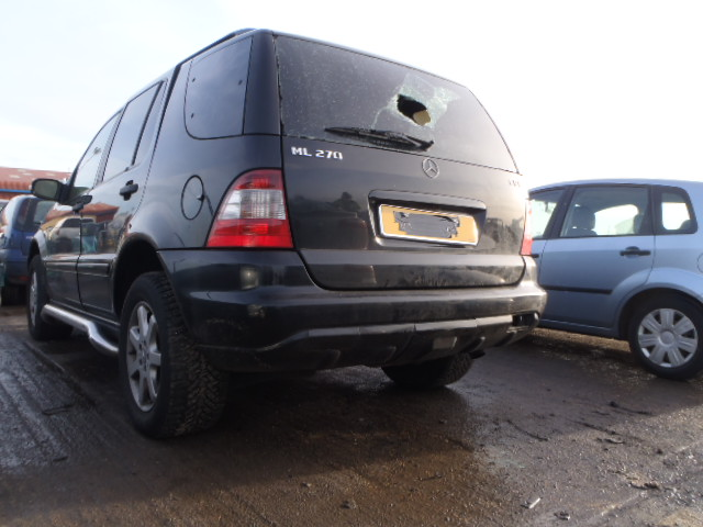 Breaking MERCEDES ML, ML 270 CDI Secondhand Parts