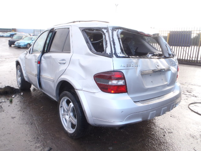 Breaking MERCEDES ML, ML 320 CDI Secondhand Parts
