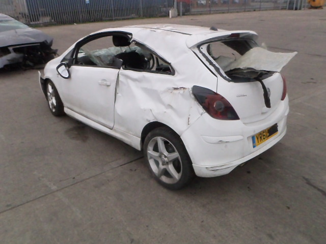 Breaking VAUXHALL CORSA, CORSA SRI Secondhand Parts