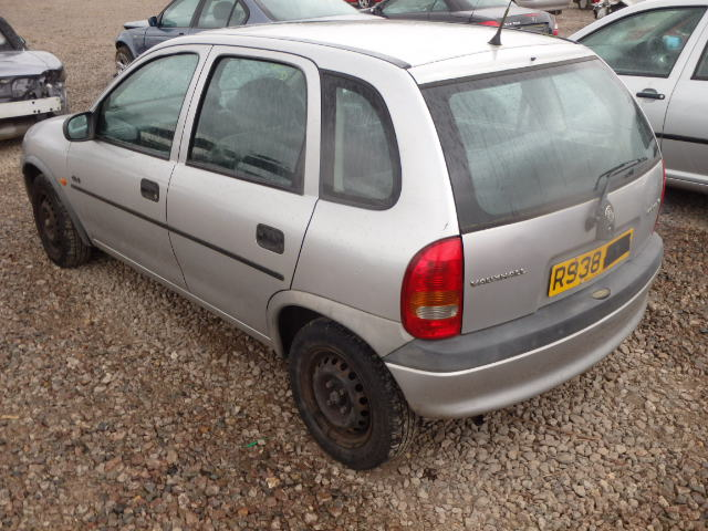 Breaking VAUXHALL CORSA, CORSA GLS Secondhand Parts